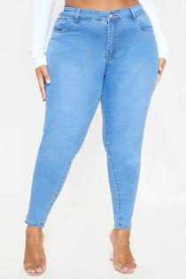 Blue Plus Light Wash Skinny Jeans SIZE 28