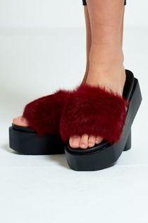 Wine Real Fur Platform Slider