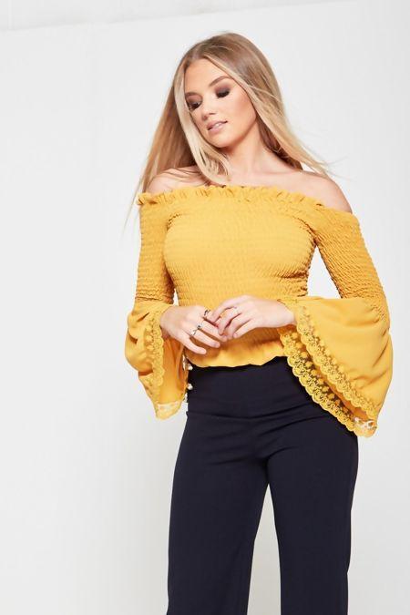 Bardot Elasticised Ruffled Sleeve Top