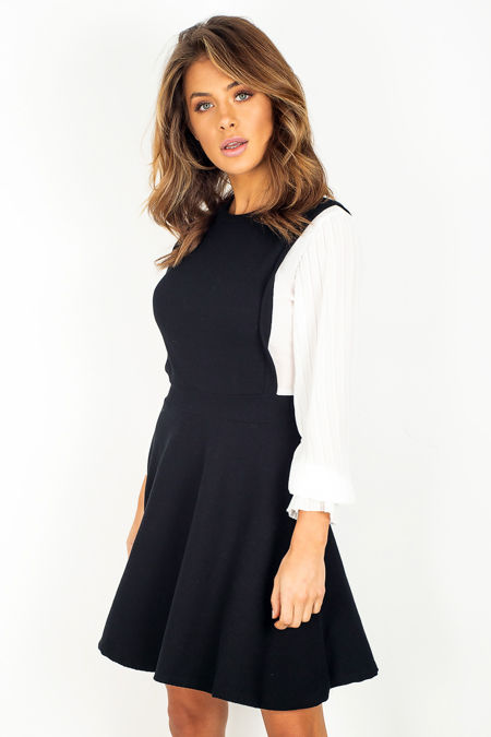 Black and White Pleated Sleeve Dress