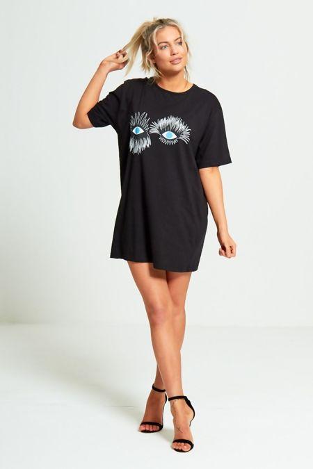 Plus Size Black Eyelash Textured Graphic T-Shirt Dress