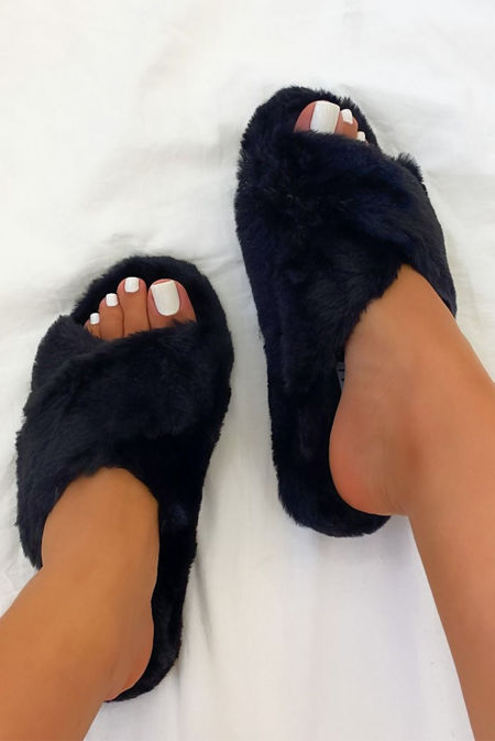 Black Fluffy Cross Strap Slider Slippers
