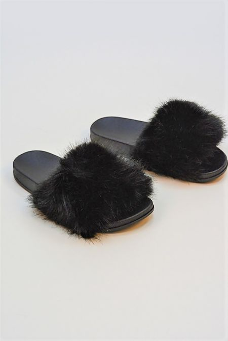 Black Fluffy Fur Sliders