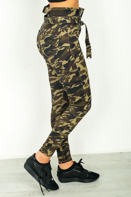 Camo Paperbag Frilled Belt Jeans