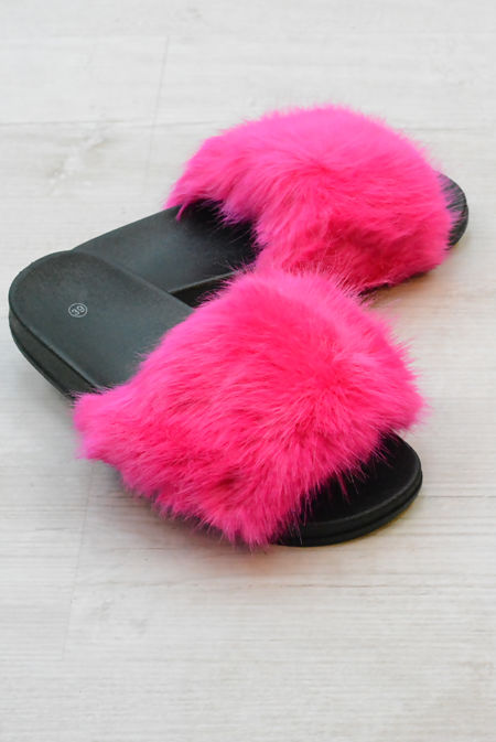 Fuchsia Fluffy Fur Sliders