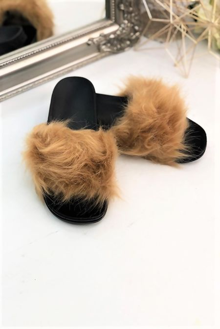 Mocha Fluffy Fur Sliders