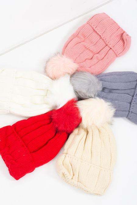 Ribbed Knit Pom Pom Beanie