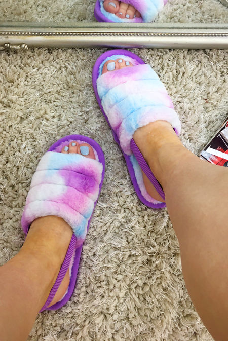 Tie Dye Fluffy Faux Fur Stripe Slipper