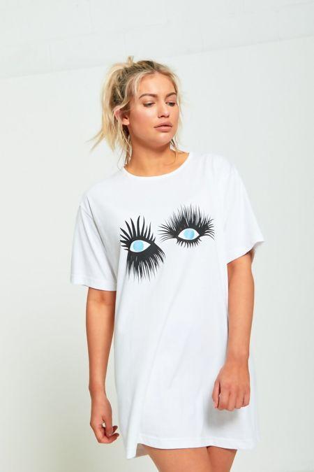 White Eyelash Textured Graphic T-Shirt Dress