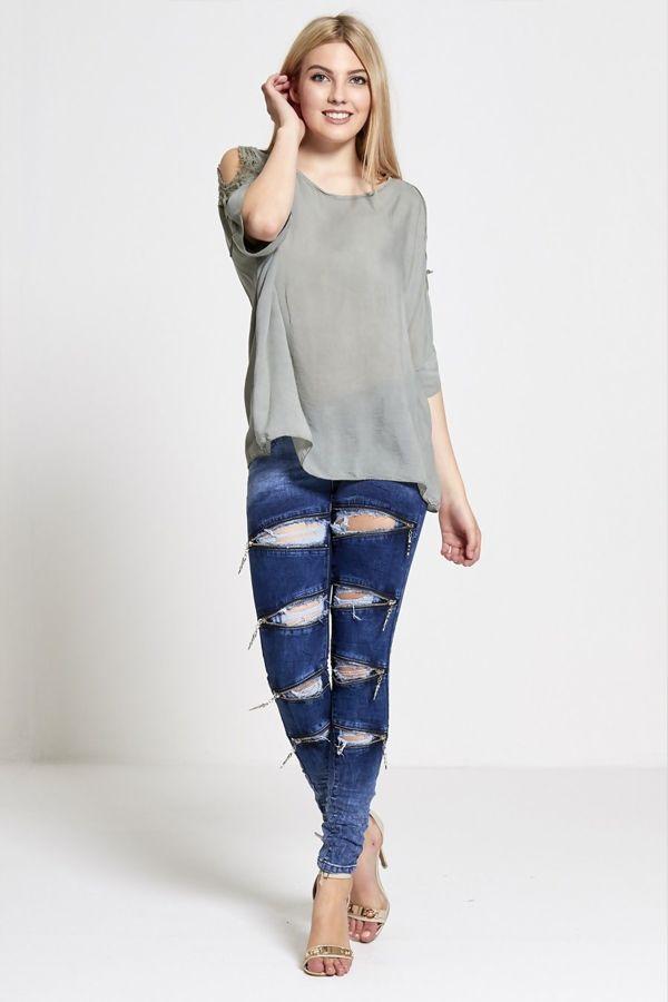 Extreme Slit Zipped Skinny Jeans