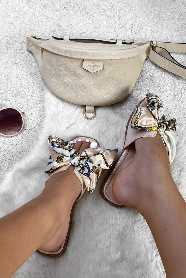 Beige Chain Print Bow Sandal