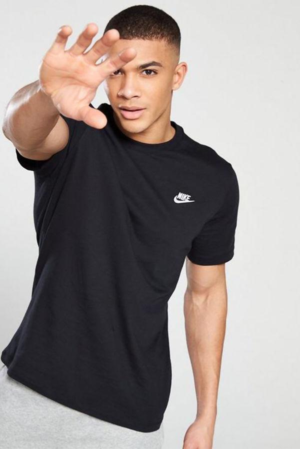 Black Nike Club T-Shirt