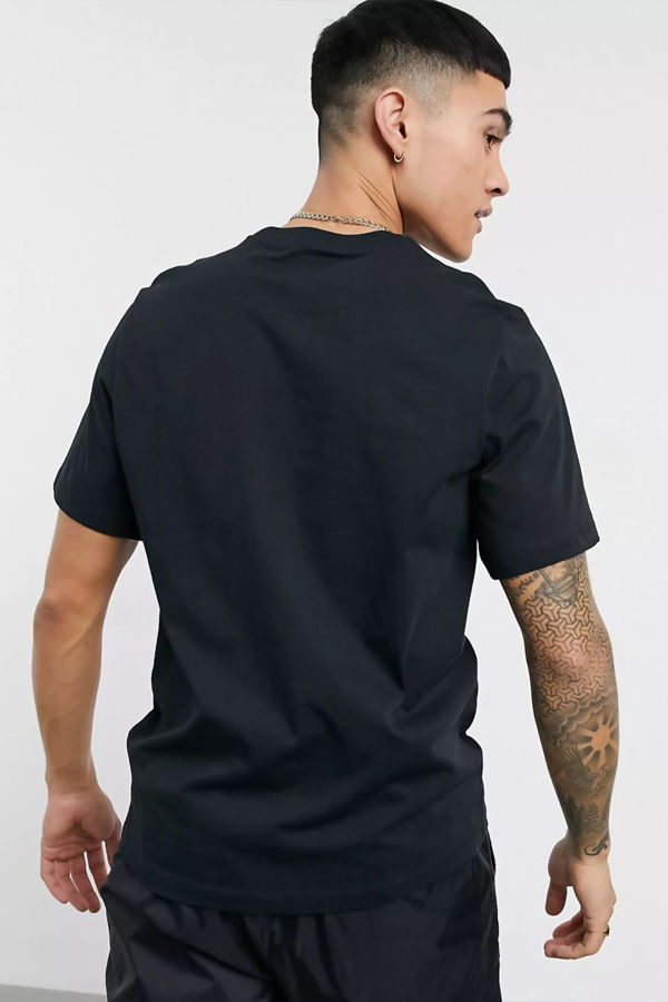 Black Nike T-Shirt With Embroidered Swoosh