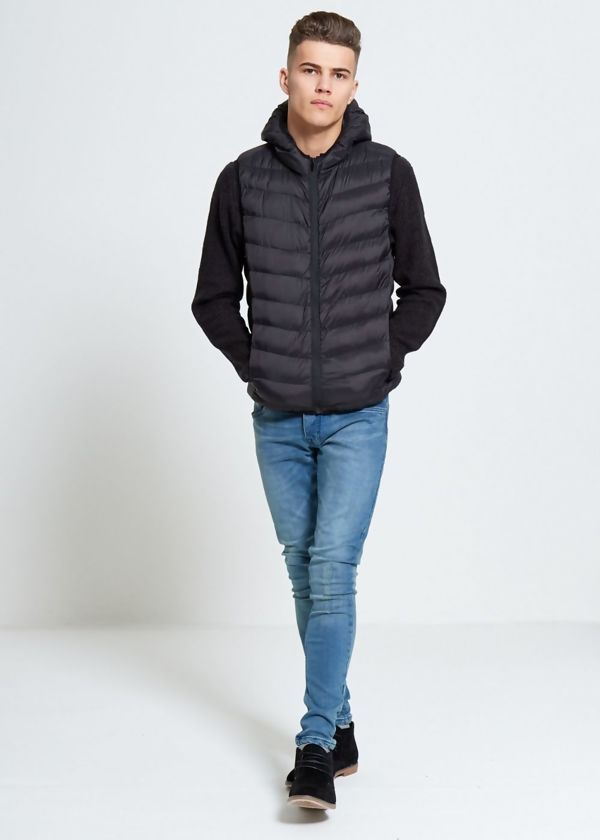 Black Quilted Hooded Gilet