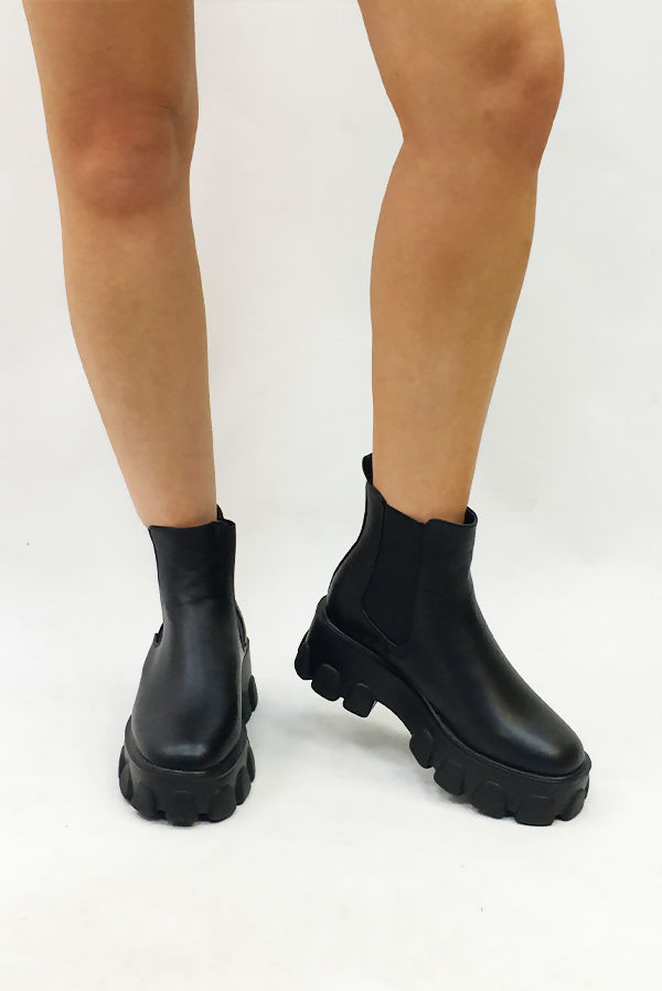 Black Chunky Heavy Cleated Sole Chelsea Boots