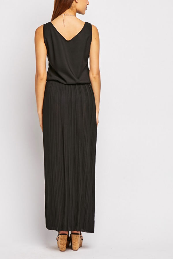 Black Pleated V Neck Maxi Dress