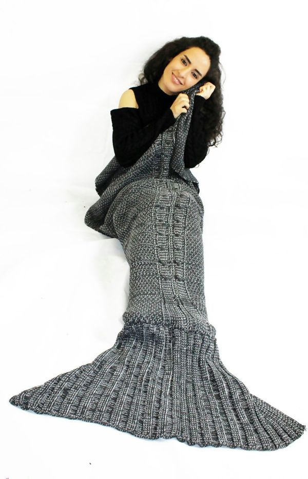 Cable Knit Mermaid Tail Blanket