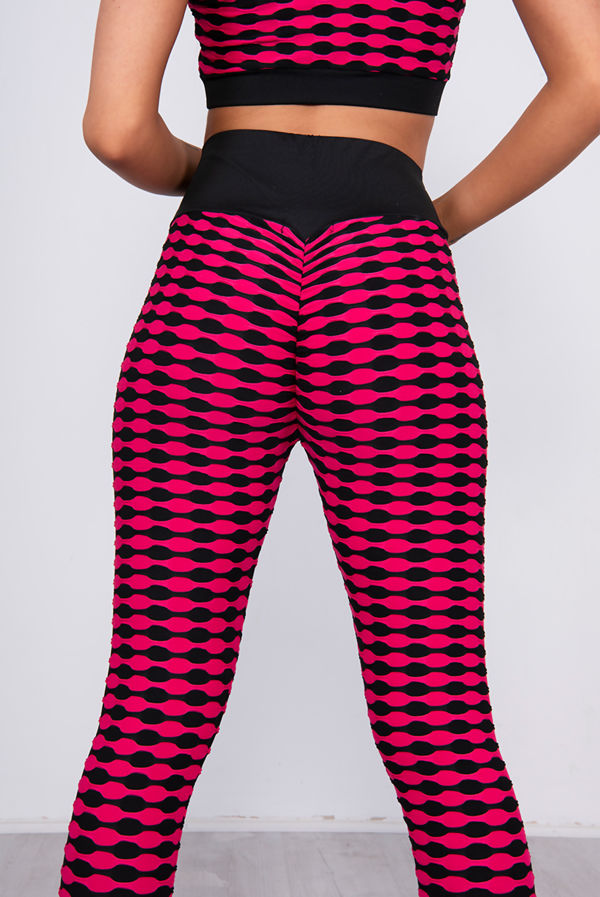 Fuchsia Textured Crop Top And Scrunch Butt Leggings Gym Set