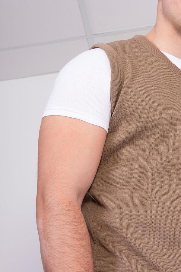 Mocha V-Neck Sleeveless Knitted Jumper