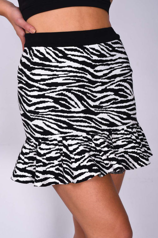 Monochrome Frill Hem Mini Skirt