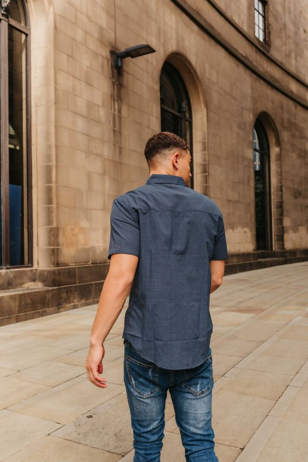 Short Sleeve Shirt With Button Down Collar