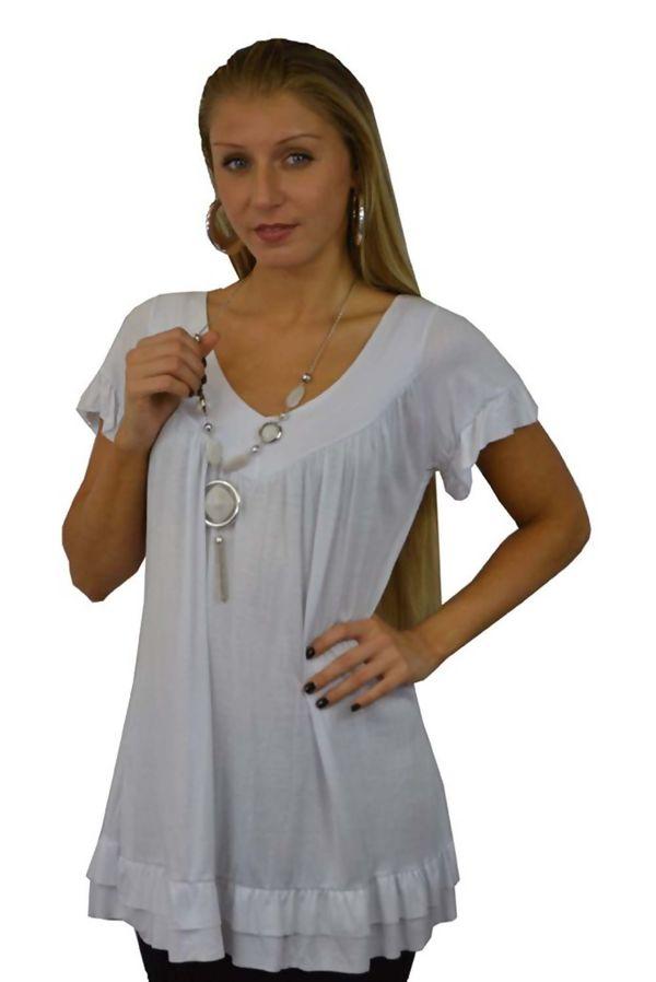 Plus Size Plain Top With Necklace